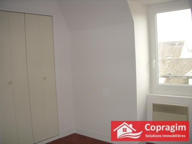 Rental apartment Montereau fault yonne 645€ CC - Picture 2