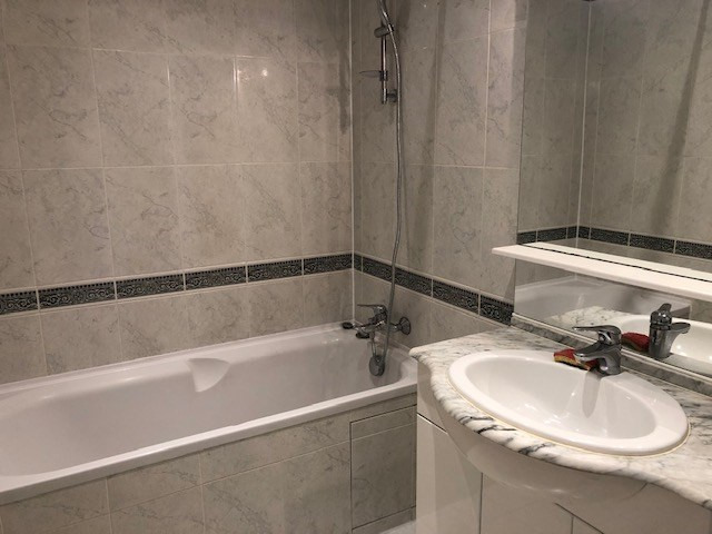 Location appartement Paris 10ème 1 090€ CC - Photo 5