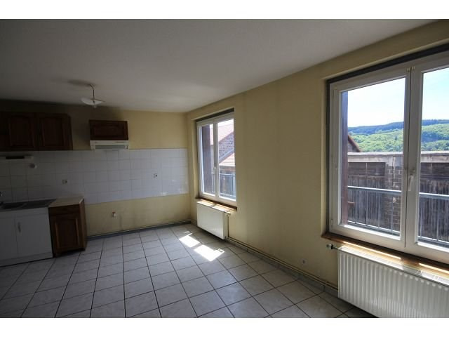 Location maison / villa Le monastier sur gazeille 410€ CC - Photo 2
