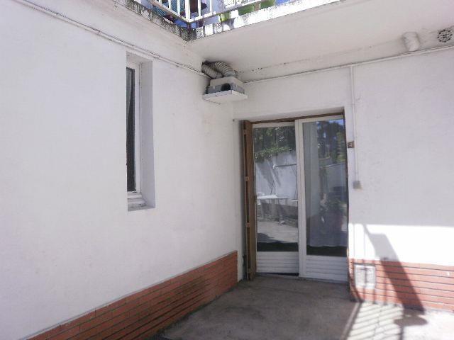 Location appartement Albi 380€ CC - Photo 2