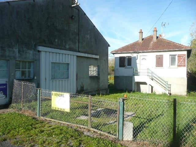 Sale house / villa Concressault 67 000€ - Picture 1