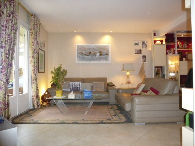Sale house / villa St vrain 426 000€ - Picture 2