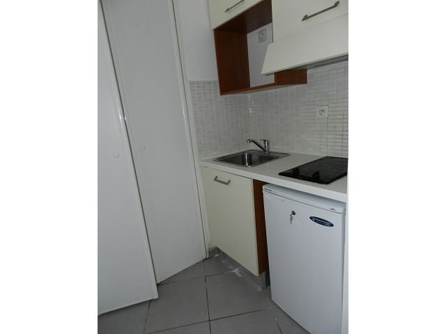 Location appartement Ste clotilde 408€ CC - Photo 2