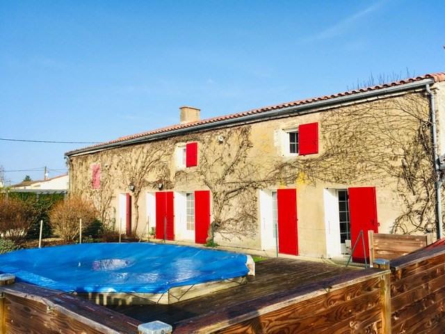 Sale house / villa St jean de liversay 328300€ - Picture 1