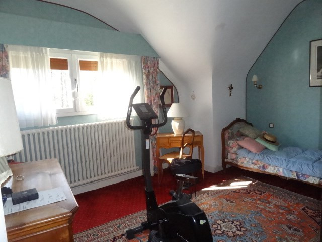Sale house / villa St maurice sur fessard 297000€ - Picture 8