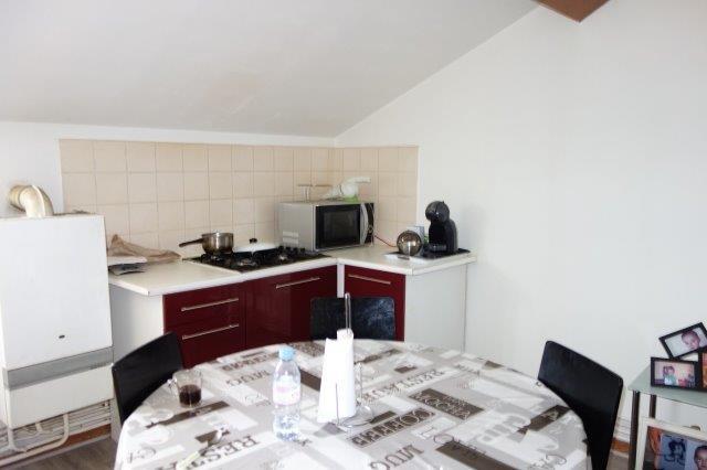 Rental apartment Roche-la-moliere 415€ CC - Picture 1