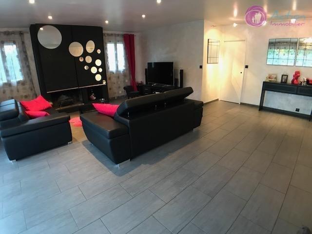 Sale house / villa Lesigny 465000€ - Picture 5