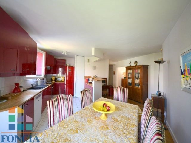 Sale apartment Suresnes 798000€ - Picture 2