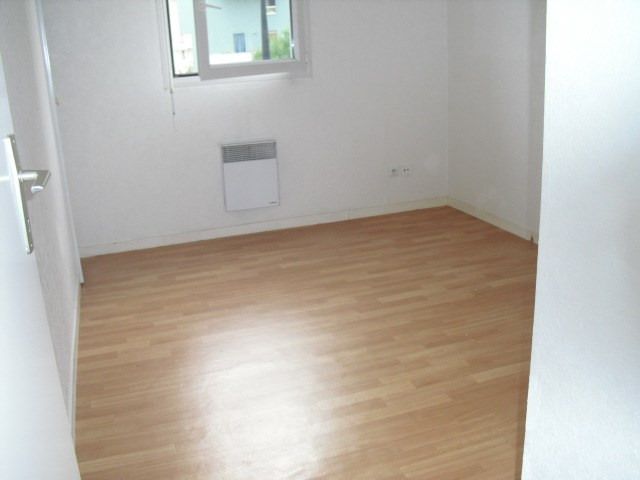 Location appartement Grenoble 660€ CC - Photo 3