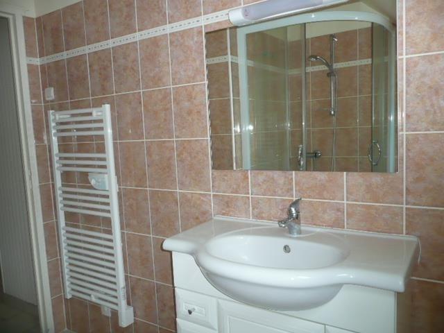 Sale house / villa Mery es bois 56000€ - Picture 6