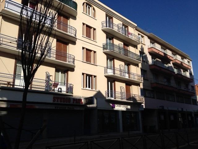 Location appartement Fontaine 495€ CC - Photo 5