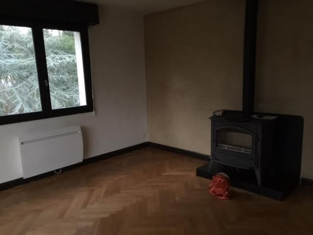Vente maison / villa Charbonnieres les bains 525000€ - Photo 2
