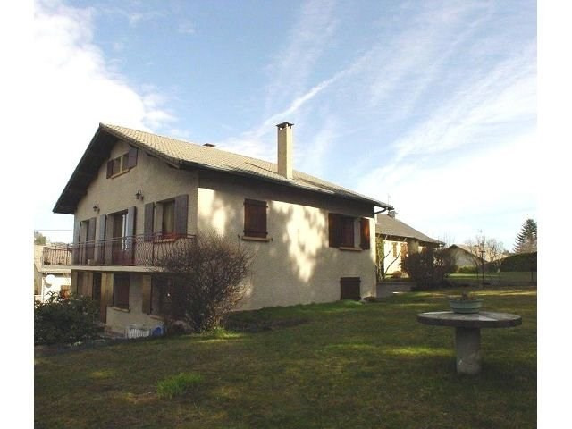 Sale house / villa St agreve 170 200€ - Picture 9