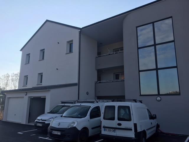 Rental apartment Onet le chateau 440€ CC - Picture 1
