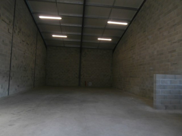 Location bureau La rochette 8 280€ CC - Photo 2