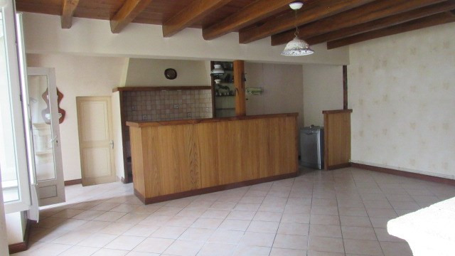 Vente maison / villa Loulay 174 900€ - Photo 2