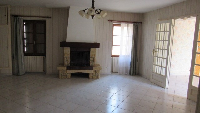 Sale house / villa Aulnay 83 400€ - Picture 3