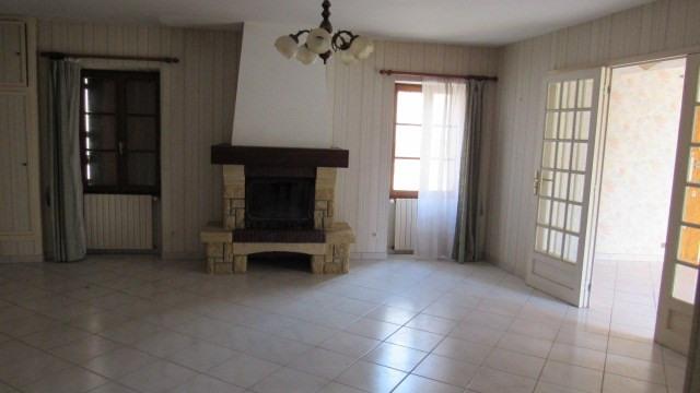 Sale house / villa Aulnay 83400€ - Picture 3