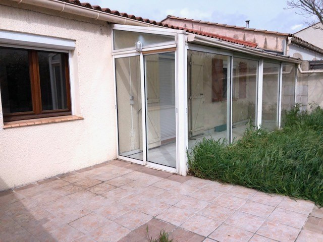 Investment property house / villa Pezens 135 000€ - Picture 2