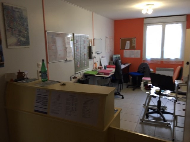 Sale office La rochelle 169 600€ - Picture 2