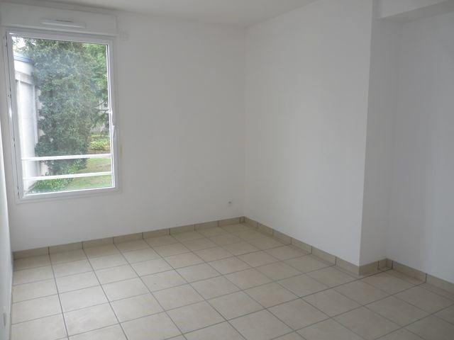 Rental apartment Saint-etienne 888€ CC - Picture 6