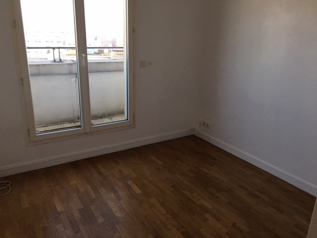 Rental apartment Courbevoie 2 300€ CC - Picture 10