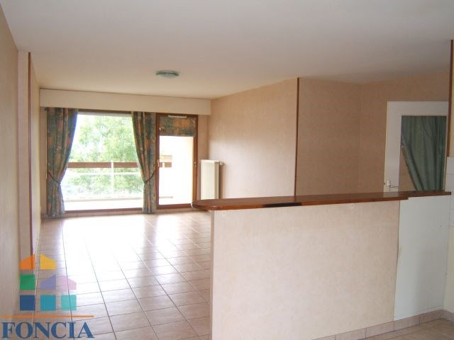 Location appartement Bassens 615€ CC - Photo 1