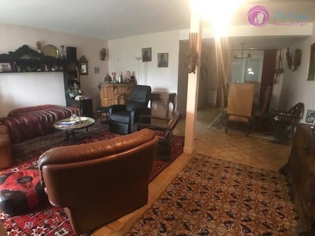 Sale house / villa Lesigny 450000€ - Picture 3