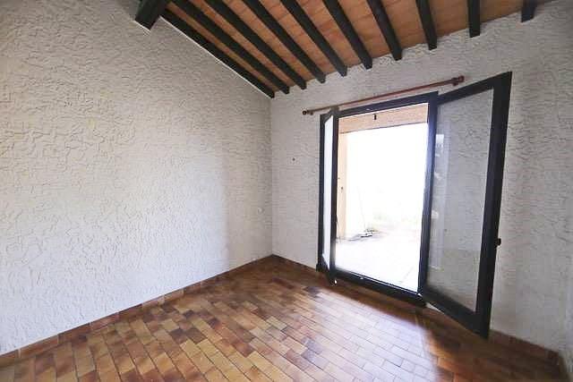 Sale apartment Cogolin 315000€ - Picture 3