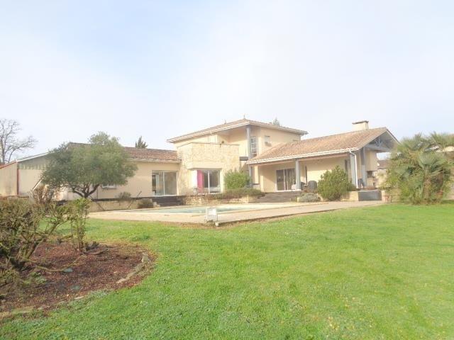 Deluxe sale house / villa Cavignac 577000€ - Picture 1