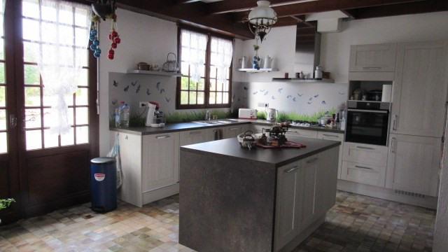 Sale house / villa Saint-jean-d'angély 273245€ - Picture 7