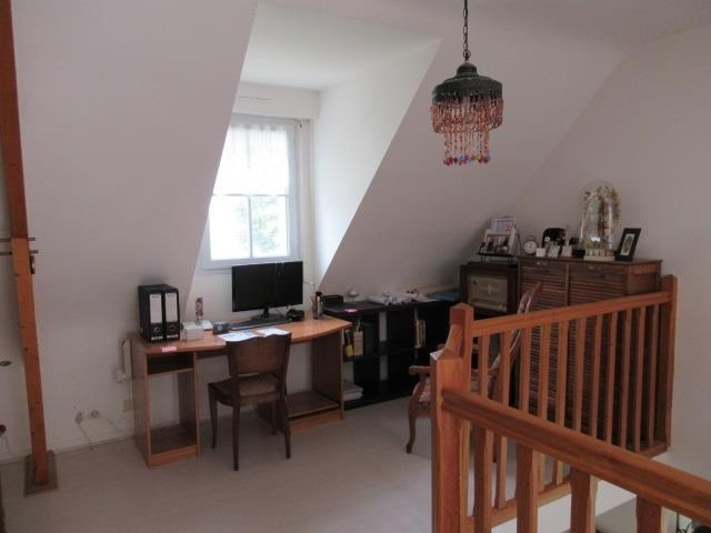 Sale house / villa Beaucouze 357 000€ - Picture 5