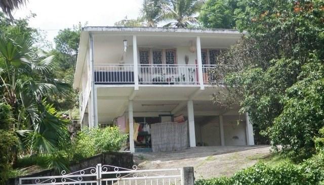 Sale house / villa Les trois ilets 296800€ - Picture 4