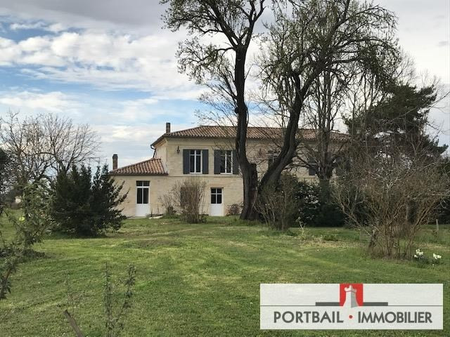 Sale house / villa Blaye 335000€ - Picture 1