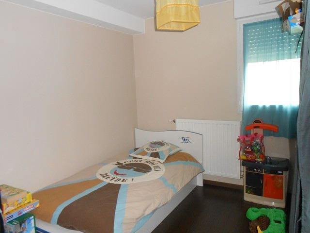 Rental apartment Roche-la-moliere 686€ CC - Picture 6