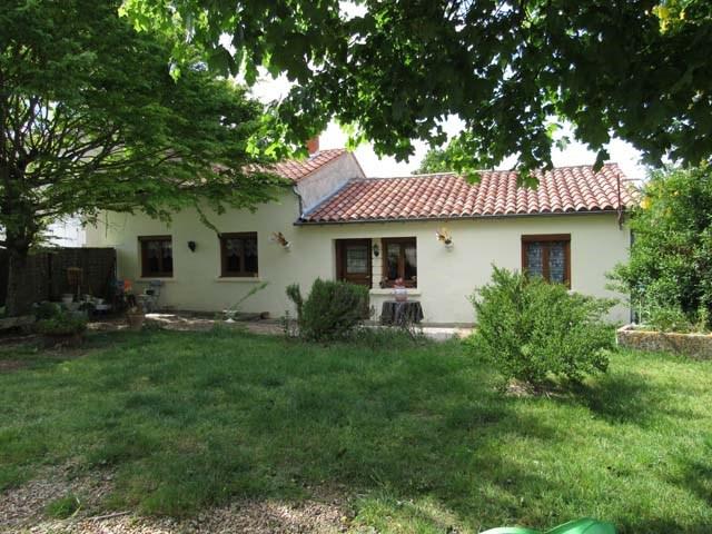 Vente maison / villa La jarrie-audouin 85600€ - Photo 1