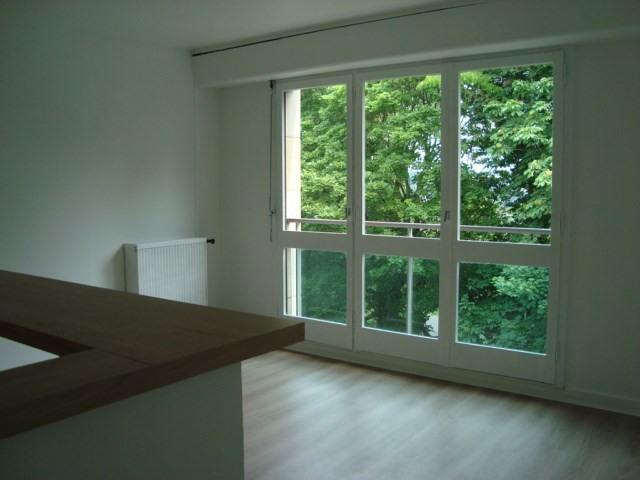 Alquiler  apartamento Louveciennes 750€ CC - Fotografía 1