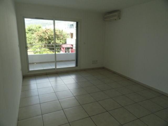Location appartement St denis 386€ CC - Photo 3