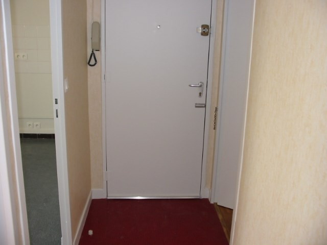 Rental apartment Villeurbanne 732€ CC - Picture 6