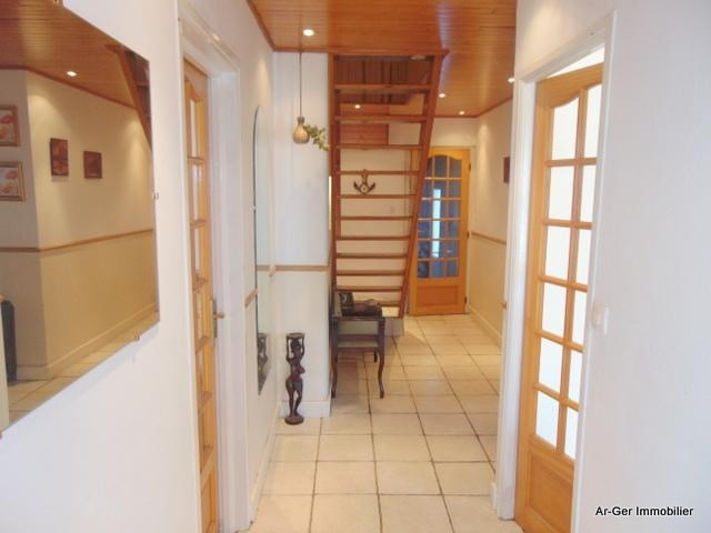Sale house / villa Rostrenen 139 100€ - Picture 4