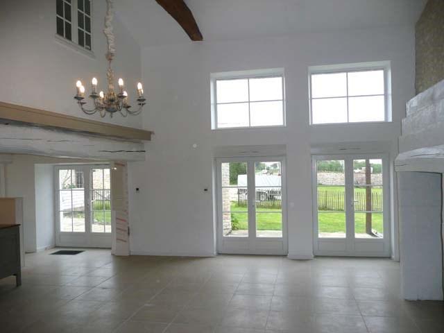 Sale house / villa Saint-jean-d'angély 299620€ - Picture 7