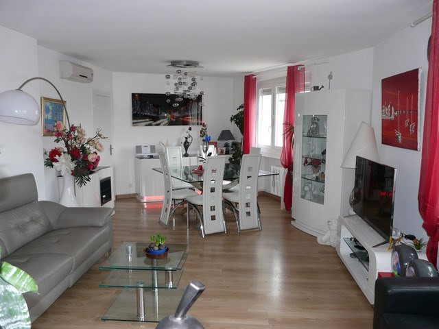Sale apartment Saint-priest-en-jarez 159 000€ - Picture 1