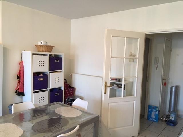Rental apartment Villette d'anthon 820€ CC - Picture 5