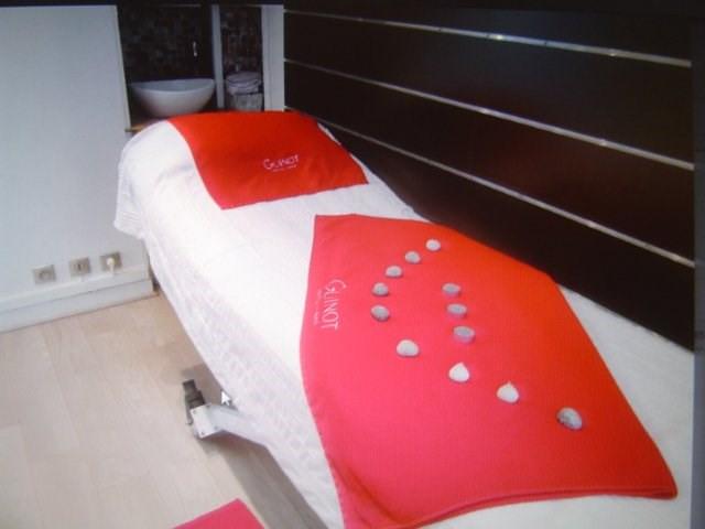 Sale empty room/storage Villemomble 200000€ - Picture 5