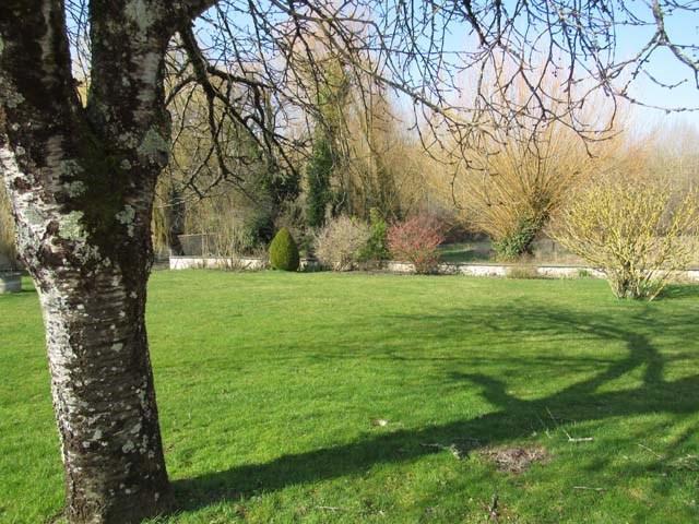 Vente maison / villa Saint-jean-d'angély 300675€ - Photo 2
