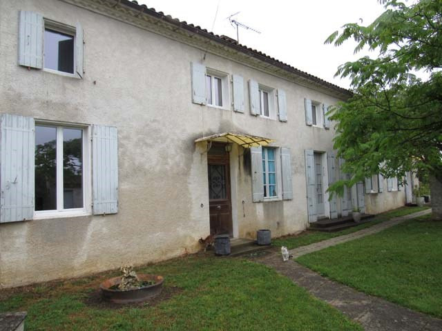Vente maison / villa Saint jean d'angely 201 400€ - Photo 1