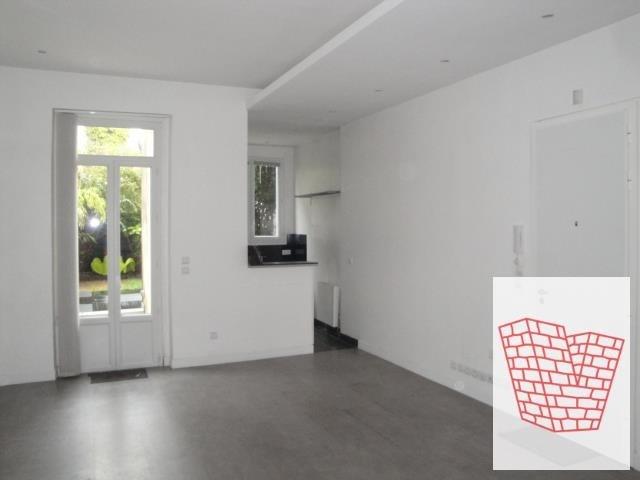 Sale apartment Courbevoie 489000€ - Picture 2