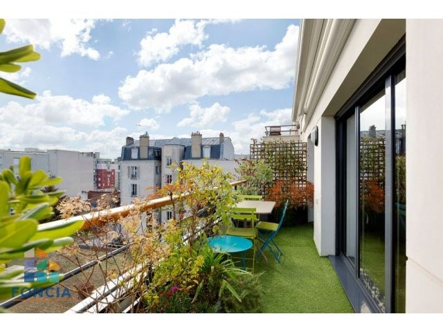 Deluxe sale apartment Suresnes 1 080 000€ - Picture 13