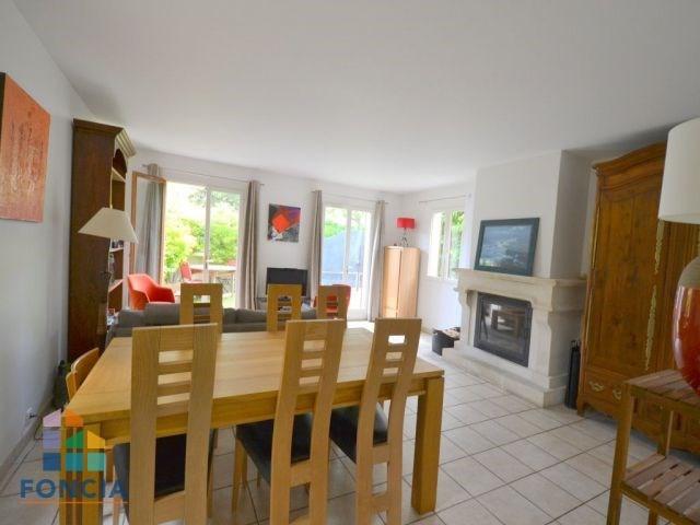 Deluxe sale house / villa Rueil-malmaison 875000€ - Picture 5