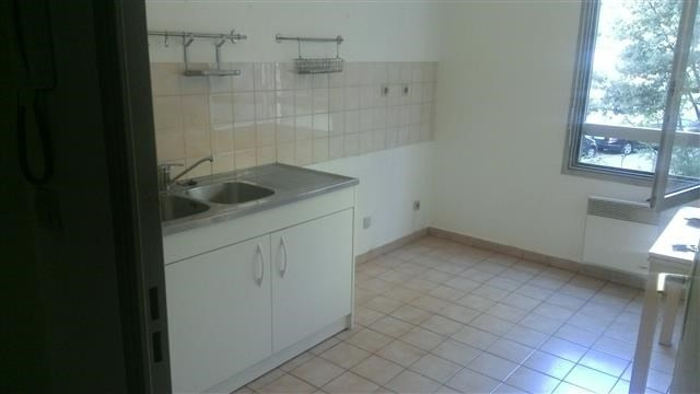 Location appartement Lyon 3ème 548€ CC - Photo 2